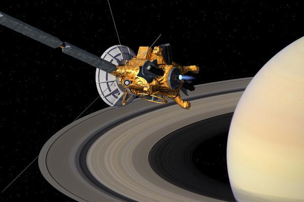 Данные Кассини показывают первые свидетельства органических пыльных бурь на Титане