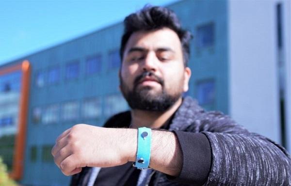 Умные браслеты обеспечивают понимание эмоций пользователей в режиме реального времени