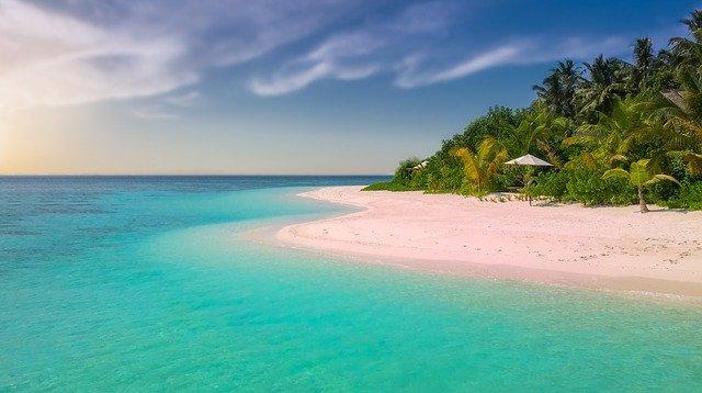Экологи: к 2100 году половина песчаных пляжей может исчезнуть