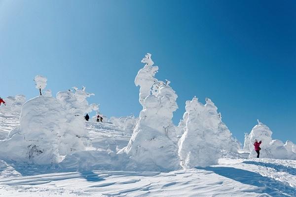 В Японии начали исчезать снежные монстры