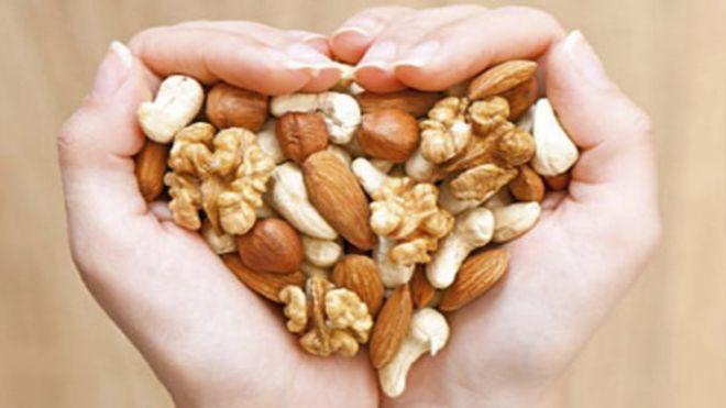 Кардиологи доказали наличие у орехов целебных свойств