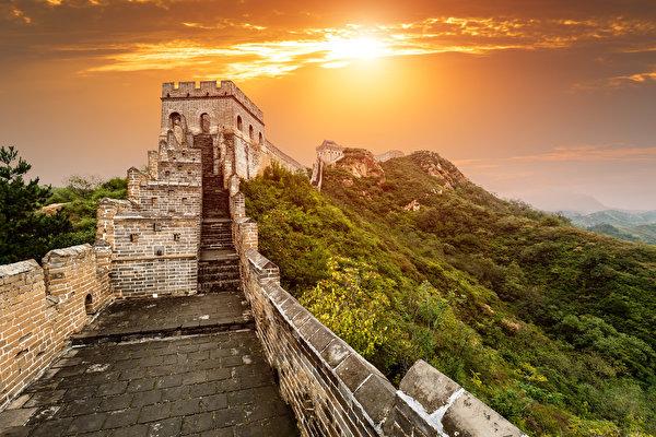 Более 30 процентов Великой китайской стены уже исчезло