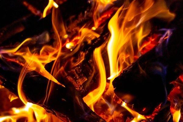 Опыты с огнем: горячая радуга