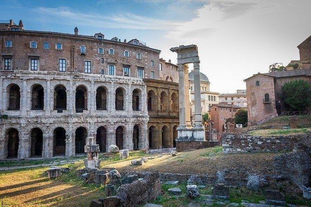 В окрестностях Рима обнаружили древний бассейн