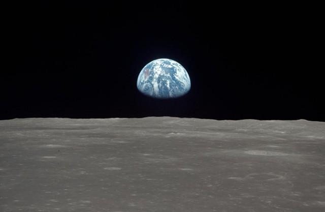 США планируют совершить очередную пилотируемую миссию на Луну в 2028 году