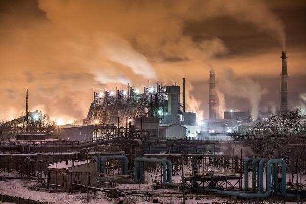 Власти Челябинска попросили предприятия города о снижении выбросов в атмосферу