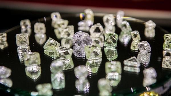 Компании по добыче алмазов пополнили бюджет Приморья на 2 млрд рублей