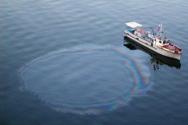 Из-за возросшего количества судов озеру Байкал грозит экокатастрофа