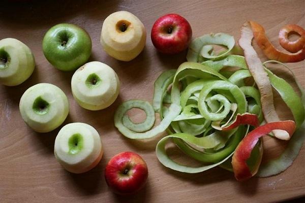 Врач-гастроэнтеролог: овощи и фрукты нужно есть с кожурой