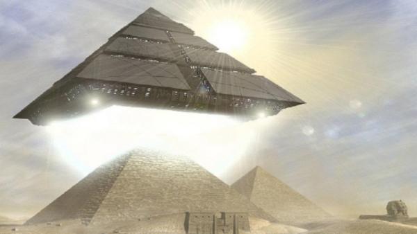 В египетских пирамидах найдены секретные лаборатории пришельцев