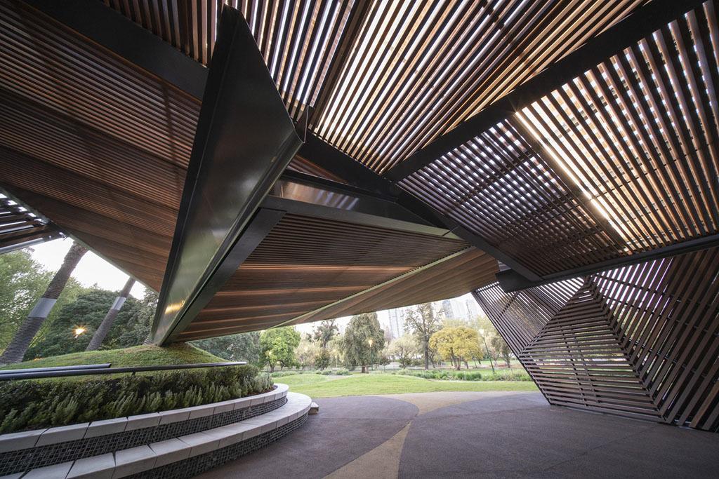 Необычный архитектурный проект: павильон в форме бумажного самолета. 2469.jpeg