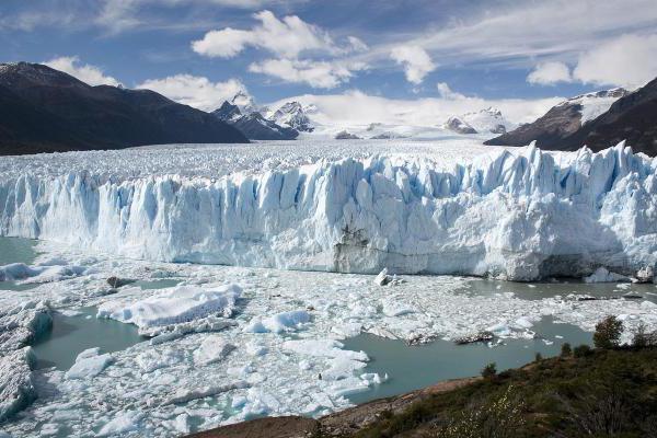 Большие ледниковые периоды могут быть вызваны тектоническими столкновениями