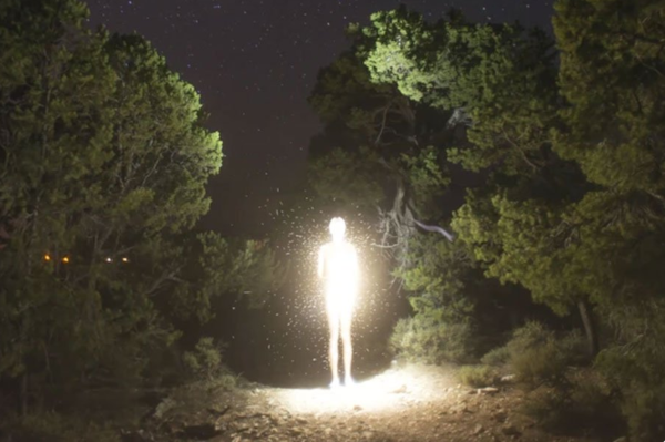 Инопланетяне действительно могут светиться