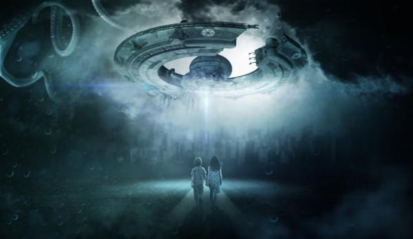 Уфолог обнаружил на Луне огромный корабль инопланетян