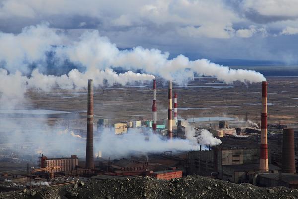 В Норильске в честь Дня экологии заводы приостановили работу