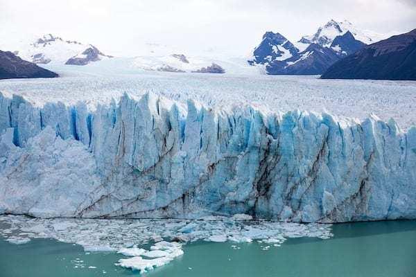 Ученые выяснили, что вулканический разлом - причина быстрого таяния ледника в Антарктиде