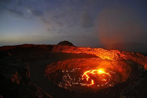 Парикутин - грозный вулкан, выросший на кукурузном поле