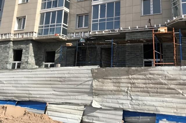 Власти Санкт-Петербурга обещают достроить проблемные дома дольщиков в 2019 году