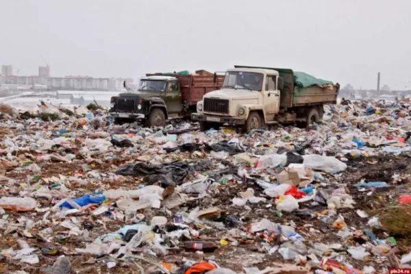 Власти Пскова направят около 140 млн рублей на ликвидацию свалки в городе