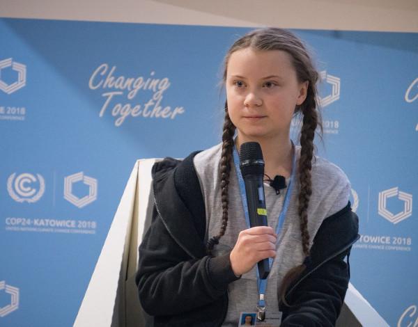 Грета Тунберг изменила свой статус в Twitter после слов Путина