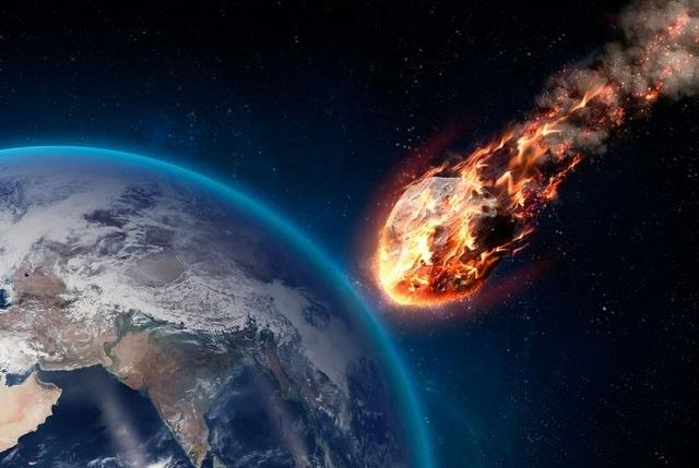 Комета ТВ145 целится в Россию или Украину