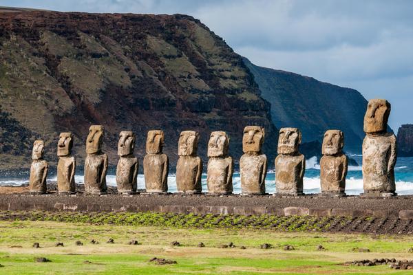 Остров Пасхи - маленький пример того, что станет с нашей планетой