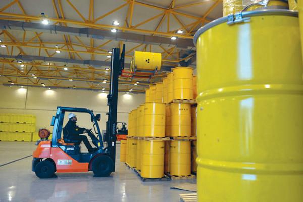 Безопасное обращение с ядерными отходами АЭС обеспечит возврат доверия общества к атомной энергетике