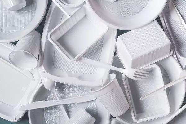 Индия планирует избавиться от одноразового пластика за 5 лет