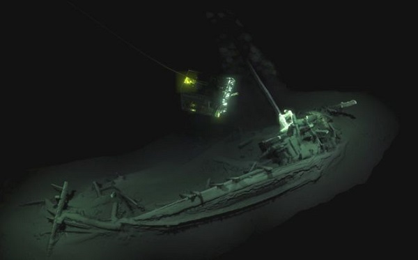 В Черном море случайно нашли 40 затонувших кораблей