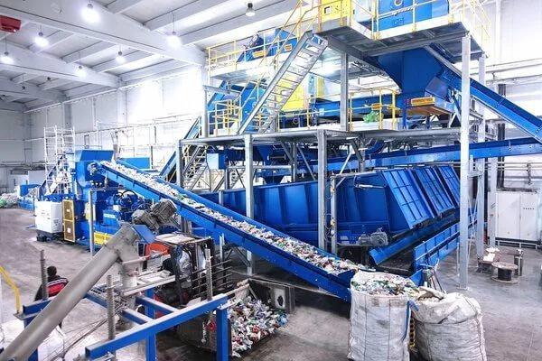 В Белгородской области запустили комплекс для сортировки мусора на отечественном оборудовании