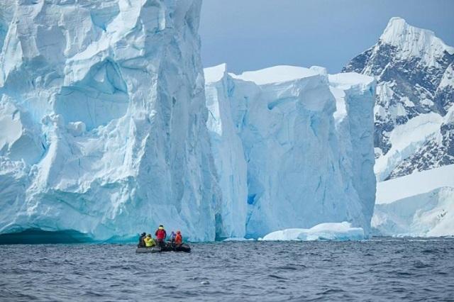 Ученые добрались до озера Мерсер в Антарктике