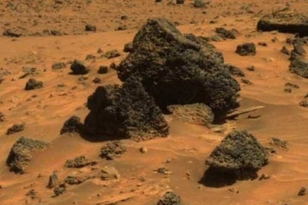В чилийской пустыне  Атакаме ученые нашли 388 метеоритов