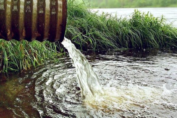 Эксперты заявили о загрязнении воды под Красноярском из-за прорыва дамб