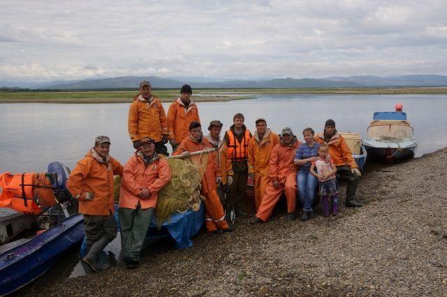 Жителям отдаленного села на Камчатке запретили ловить рыбу
