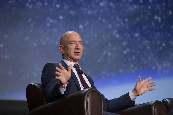 Основатель Amazon Джефф Безос рассказал о космических поселениях