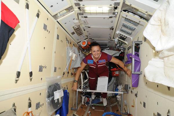 Роскосмос будет готовить женскую команду космонавтов