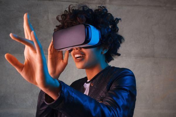 Ученые: виртуальная реальность способна избавить от головной боли