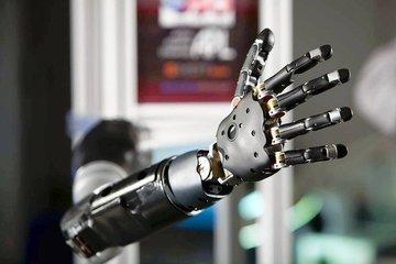 Японцы и французы создали программируемые носимые роборуки