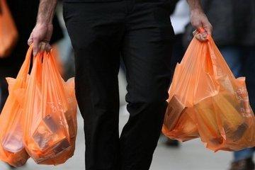Опасные полиэтиленовые пакеты заменит съедобная упаковка